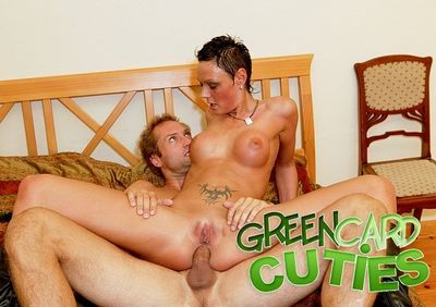 Green Card Cuties torrent